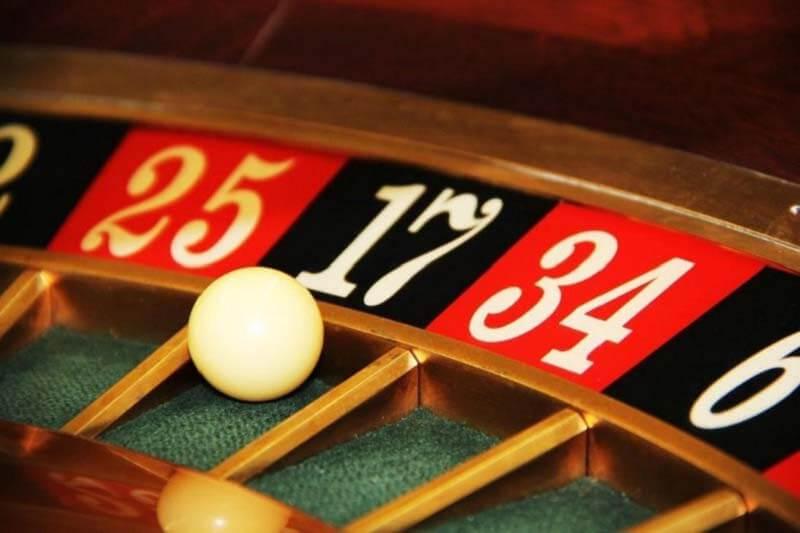 Chơi Roulette trên nhà cái